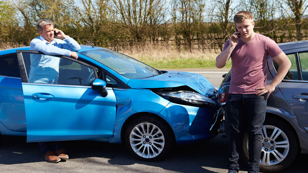 A car has been involved in a crash scam.